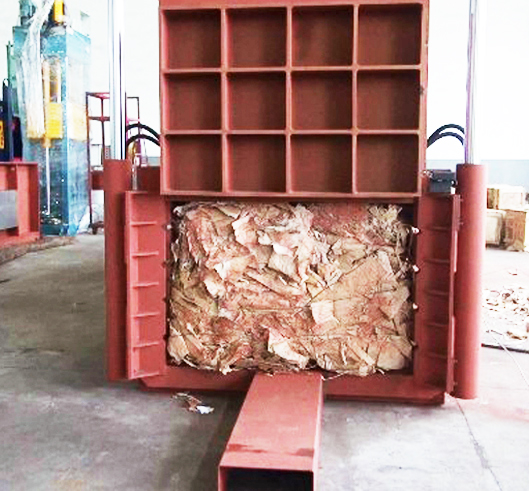 Manual Tie Horizontal Baler